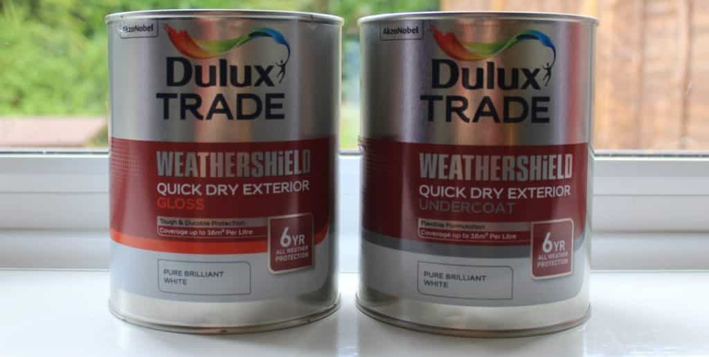 Dulux Weathershield exterior paint - white