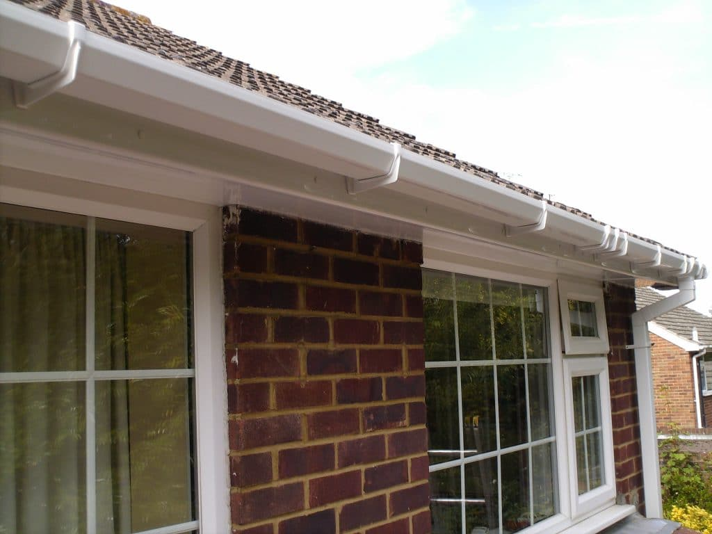 UPVC PLASTOC FASCIA,SOFFITS AND GUTTERING