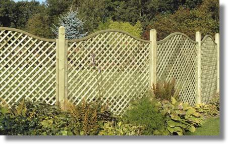 8 Cheap Fencing Ideas - Inspiration For The Frugal Gardener