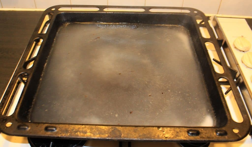 Bicarbonate of soda in baking tray