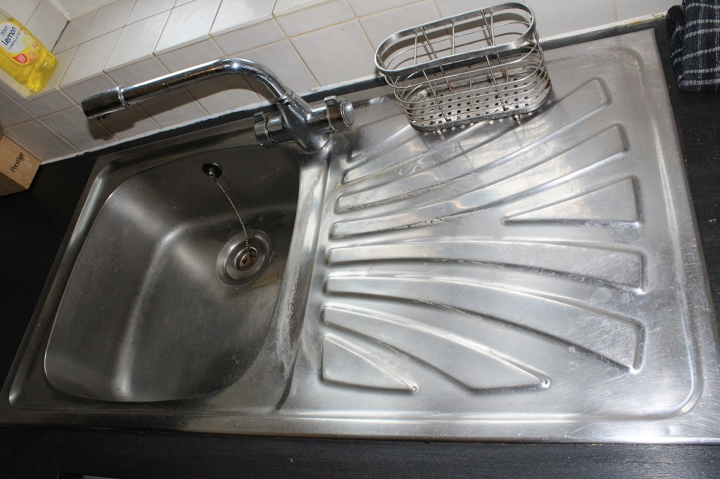 Limescale on sink