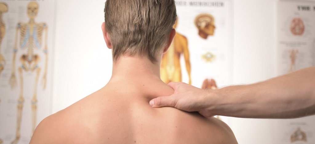 Chiropractor treatment man